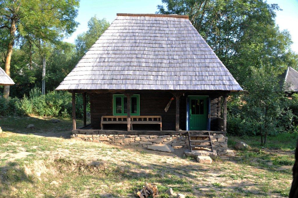 casa veche, village hotel breb maramures romania